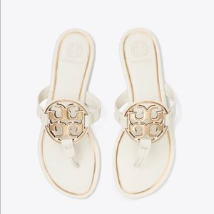 TORY BURCH, MILLER METAL-LOGO SANDAL, LEATHER